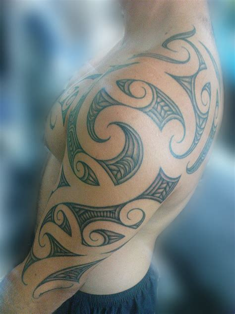 left shoulder tribal tattoo left shoulder maori tribal