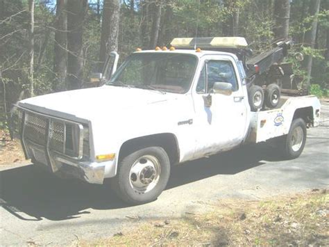small engine service manuals 2005 gmc sierra 3500 seat position control sell used 1986 gmc dually wrecker w wheel lift sling no reserve in wrentham massachusetts