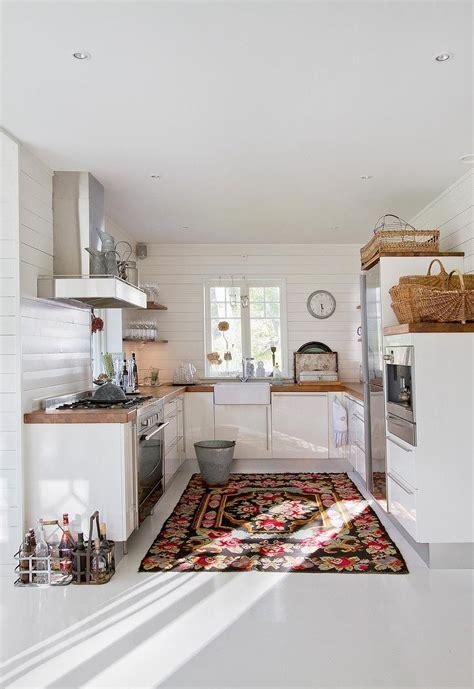 White Kitchen Rugs Colorful Rug White Kitchen Kitchen Ideas Pinterest