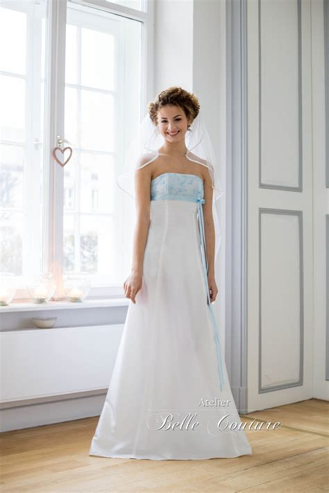Brautkleid Bodenlang by Atelier Couture Schlichtes Brautkleid Bodenlang