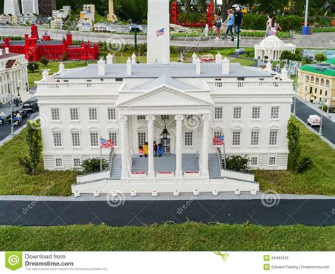 who designed the white house white house made from legos at legoland florida le