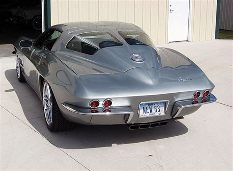what year was the split window corvette made 63 split window corvette