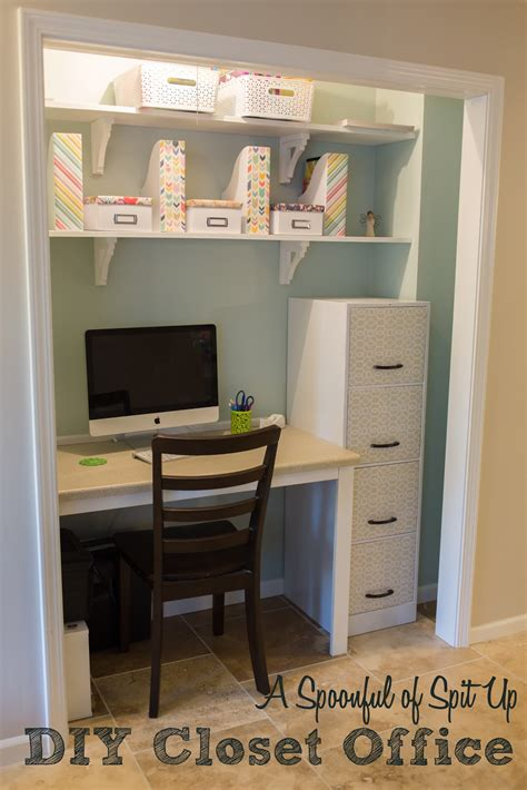 Closet Desk Plans by A Spoonful Of Spit Up Diy Closet Office