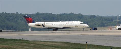 Travolta Makes Emergency Landing by Kathryn S Report Delta Fight Makes Emergency Landing At