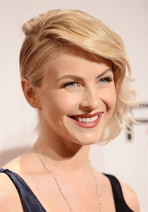 hair cuts pulled away from the face julianne hough photos popsugar celebrity
