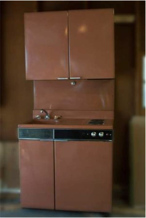 vintage dwyer  metal kitchencabinet combo  fort