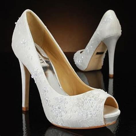 Best 25  White wedding shoes ideas on Pinterest   Wedding