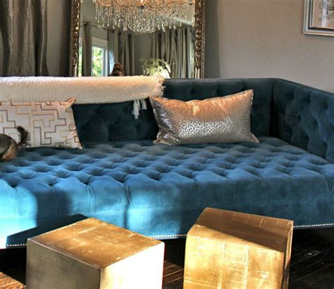 chesterfield sofa design interior design tips blue velvet chesterfield sofa