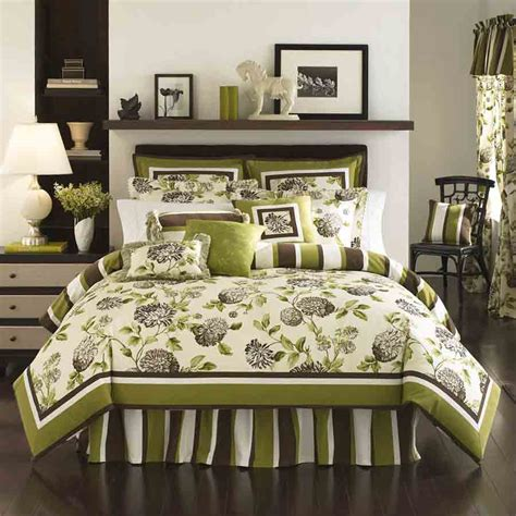 Bedspreads And Comforters by Cheap Bedspreads And Comforters Decorlinen