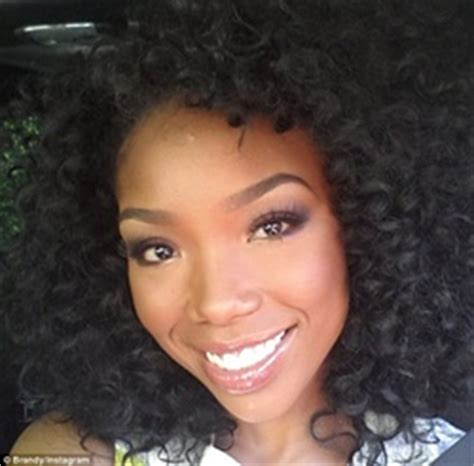 brandy loves natural hair but says as an actress she has reveal your true beauty with personal color analysis pca