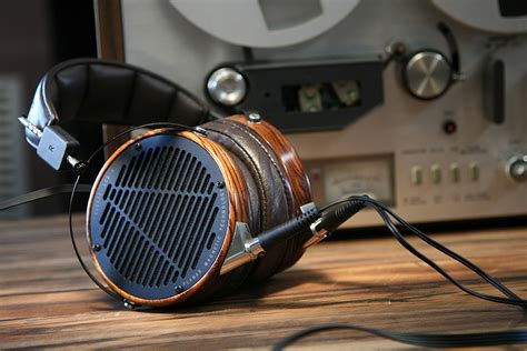 best headphones hifi bangers the 10 best hi fi headphones hiconsumption
