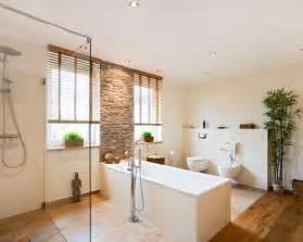 holz für badezimmer badezimmer badezimmer asiatisch gestalten badezimmer