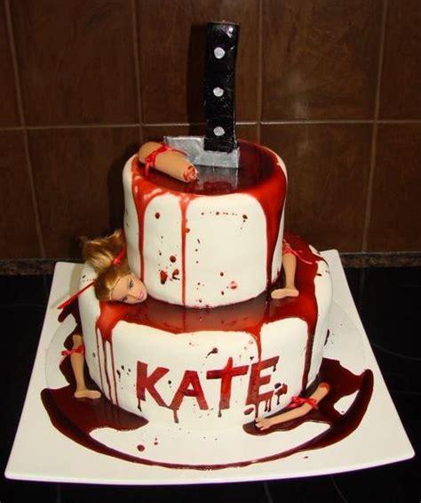 dexter cake ideas  pinterest bloody halloween easy halloween cakes  spooky world nh