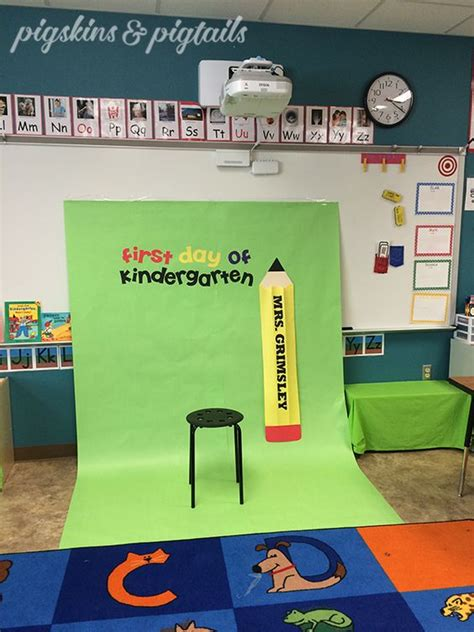 themes secondary education first day of kindergarten photo booth classroom idea for