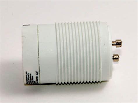 Maxlite Self Ballasted Gu24 Adapter For 13 Watt Plug In