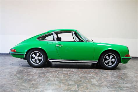 porsche 911 viper green 1972 porsche 911e coupe viper green cpr classic