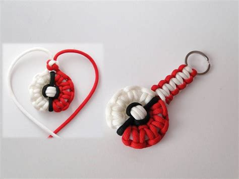 Key Origami - how to make a pokeball themed paracord necklace