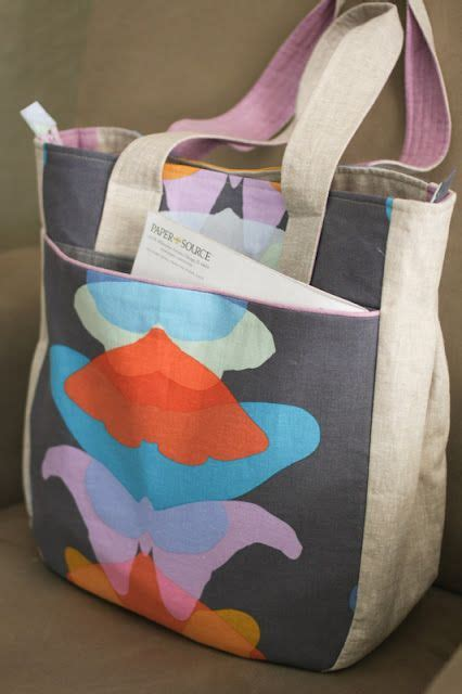 tote bag pattern with recessed zipper super tote pattern by noodlehead this beautiful version