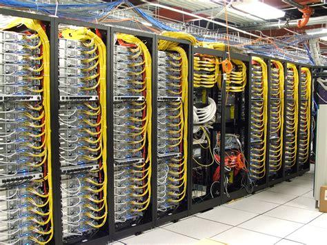 netzwerk wandschrank show us your rack reverend ted s