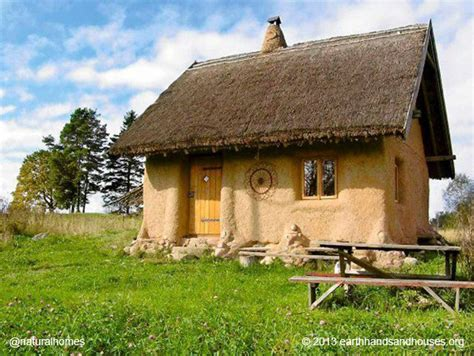 straw house a tiny straw bale home for 163 10 000 in poland