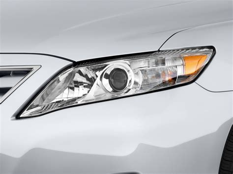 Headlights For Toyota Camry Image 2011 Toyota Camry 4 Door Sedan V6 Auto Le Natl