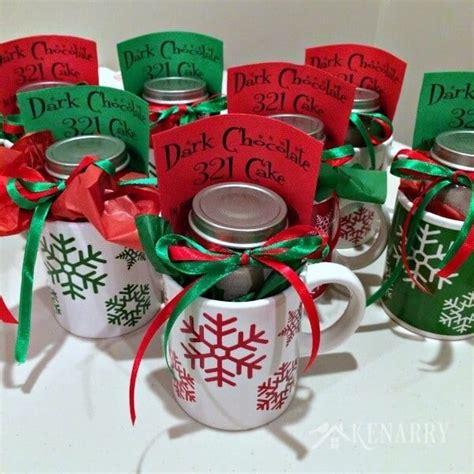 christmas mug teacher gift with free printable