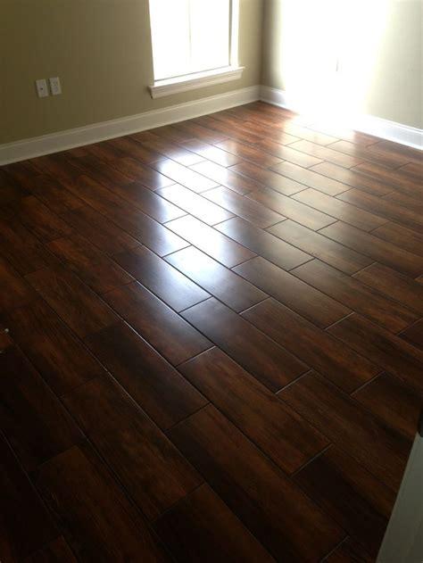 Ceramic wood look tile flooring   Homes Floor Plans
