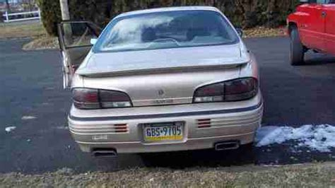 how to fix cars 1995 pontiac bonneville engine control find used 1995 pontiac bonneville ssei sedan 4 door 3 8l sc needs major engine repair in