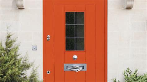 choose  front door colour  suit  home dulux