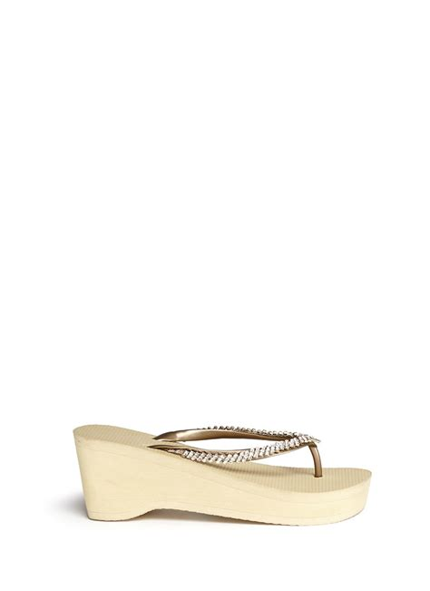 Wedges Sponge Valentino Gold lyst uzurii classic wedge flip flops in yellow