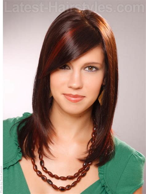 shoulderlength volume haircut medium length haircuts for teens