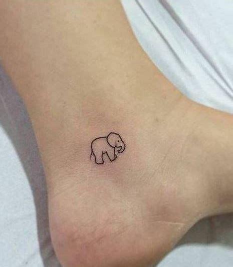 tattoo panda pequena 17 melhores ideias sobre tatuagens minimalistas no