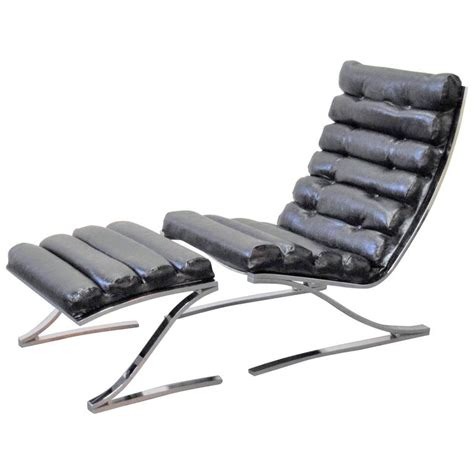 Institute Chair by Design Institute Of America Cantilevered Lounge Chair And