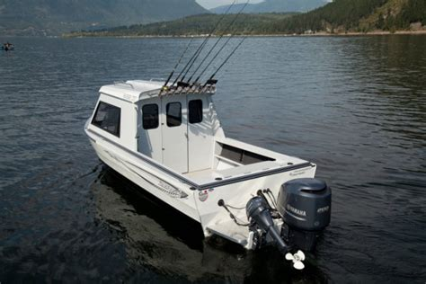 kingfisher boats research 2013 kingfisher boats 2425 experience ht on
