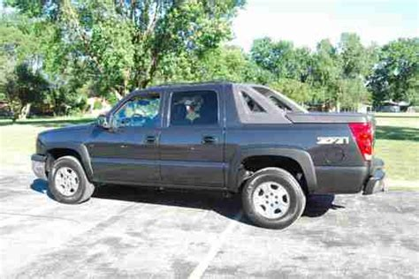 buy used 2004 chevrolet avalanche 1500 z71 crew cab pickup 4 door 5 3l in almond new york find used 2004 chevrolet avalanche 1500 z71 crew cab pickup one owner in munster indiana