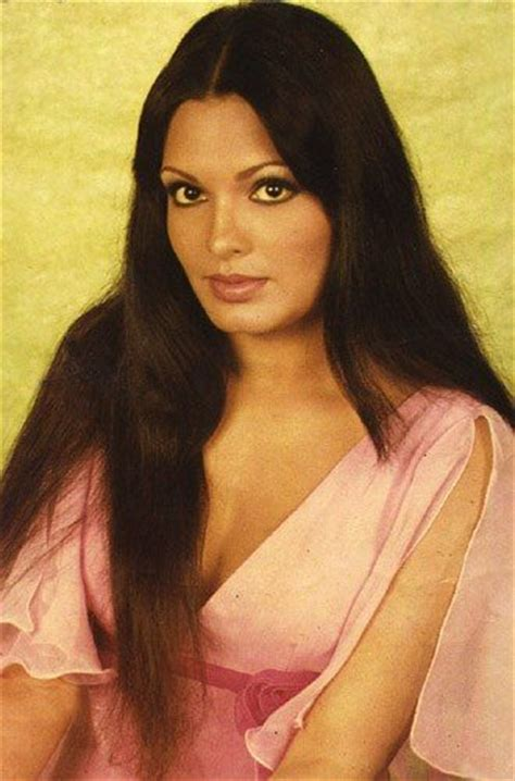 parveen babi wallpaper download download parveen babi bollywood actress wallpaper hd free