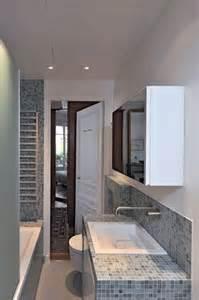 salle de bain sous pente 5m2 mini salle de bains maxi confort mosaics minis and grey