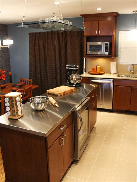 Kitchen Stainless Steel Countertops by Stainless Steel Kitchen Countertop Or Sus Backsplash