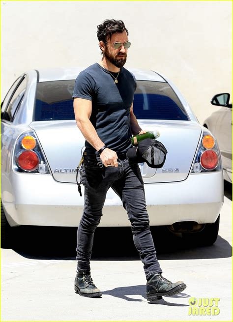 justin theroux back tattoo sized photo of justin theroux adds another to