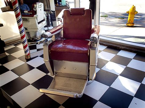 Kursi Pangkas Pria Di Medan cara desain 18 inspirasi interior tempat pangkas rambut pria keren
