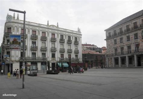 banco herrero en leon edificio modernista del banco herrero en la calle santa