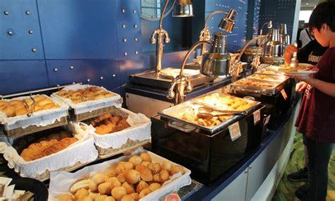 Tiket Internasional Buffet Dinner Seafood Baiyoke Sky baiyoke bangkok sky restaurant 76 or 78 floor dinner