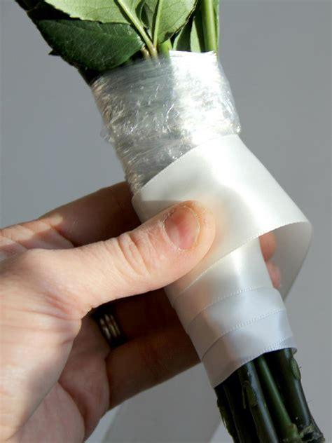 Handle Handbouqet use silk ribbon to create a wedding bouquet how tos diy