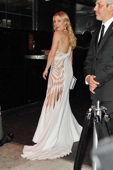 The At Kate Hudsons Pre Not In Costume by Kate Hudson Cutout Dress Kate Hudson Looks Stylebistro