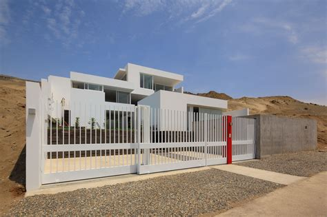 modern house gate color plus iron fence designs 2017 white