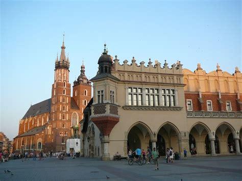 cracovia turisti per caso in polonia per caso viaggi vacanze e turismo