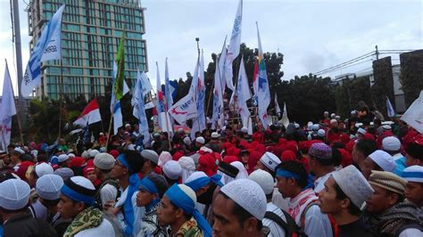 ahok jakarta post workers demand both wage rise arrest of ahok national