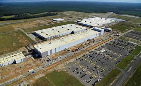 volvo adds xc90 to u s plant will boost investment