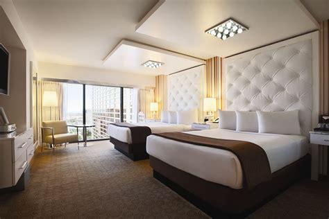 flamingo hotel rooms flamingo las vegas hotel casino 2017 room prices deals reviews expedia
