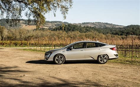 In Your Phev For 100mpg by 2018 Honda Clarity Review Gearopen